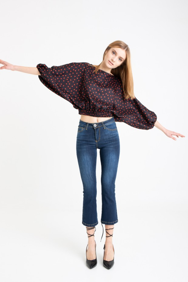 Cropped blouse with heart...