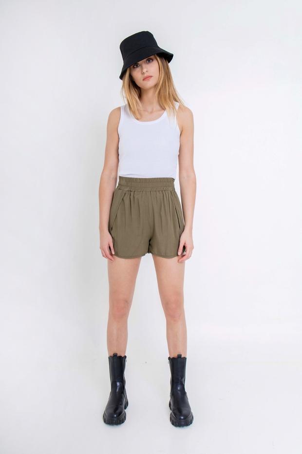 Shorts modello svasato