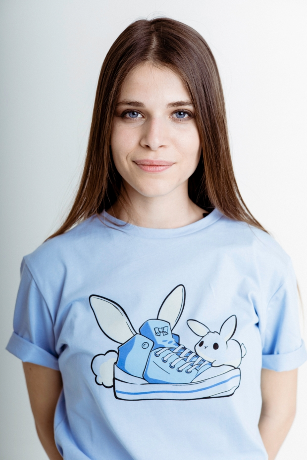 T-shirt with a bunny print