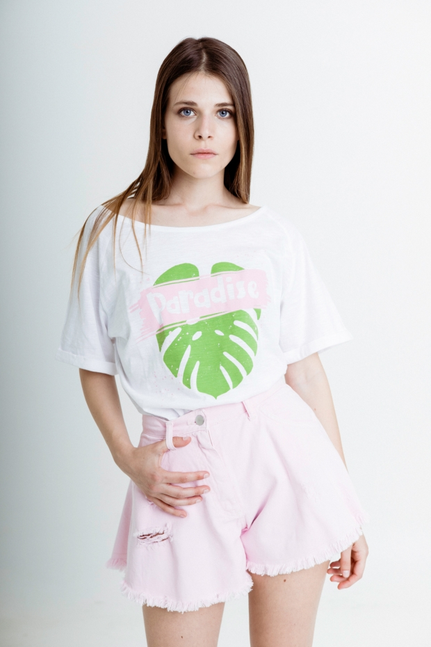 T-shirt with paradise...